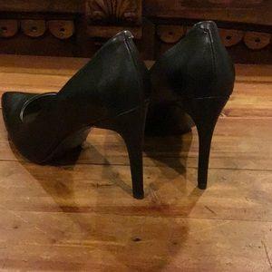 Worthington Shoes - NWT WOMENS WORTHINGTON BLACK HEELS